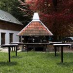 Barbecue extérieur disponible